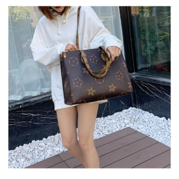 High-end Western Style Shopping Bag Coffee Color